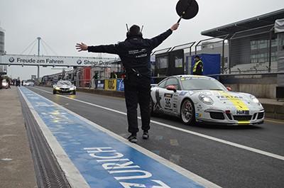 Boxenstopp David Schiwietz BMW Z4 GT3